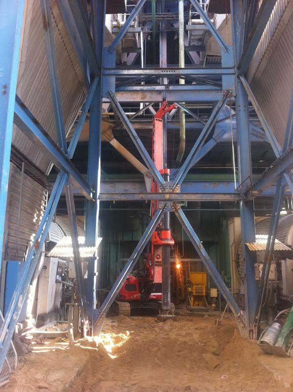 עבודה עם cf 3 תחנת כח רוטנברג 28 מטר קוטר 80 קידוח בנטונייט